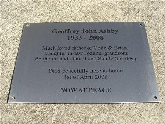 Memorial Plaque Geoff 4